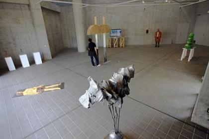 平成22年度多摩美術大学教員作品展」